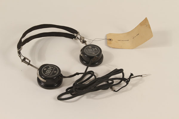Wireless interpretation system produced by IBM
